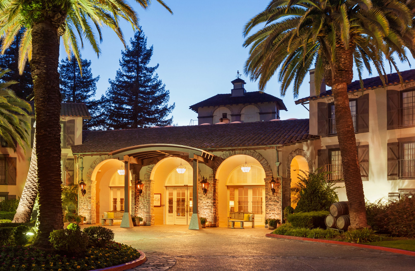 Embassy Suites Napa Valley Exterior Eve Gallery